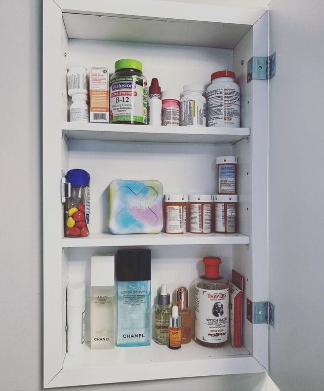 armoire-à-pharmacie