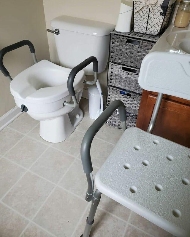 rehausseur-de-toilette