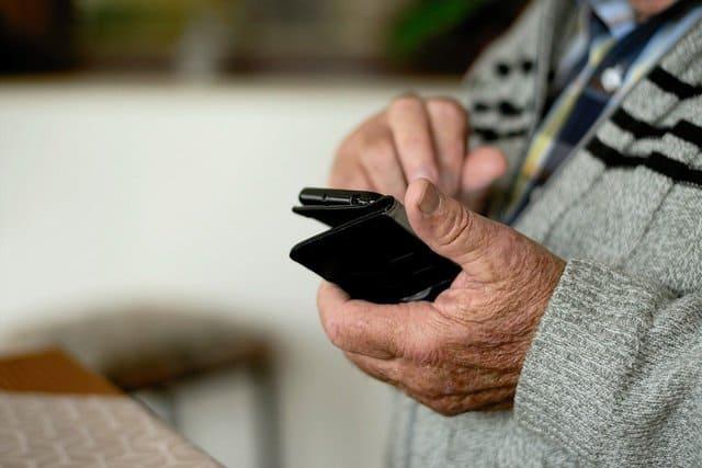 smartphone-pour-senior