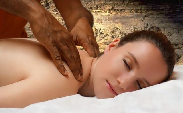 ameliorer-la-posture-avec-massage