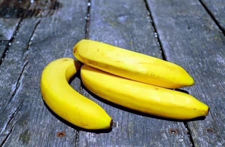 Banane-aliments-qui-stimulent-la-serotonine