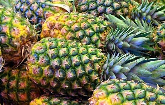 Aliments-riches-en-mineraux-ananas