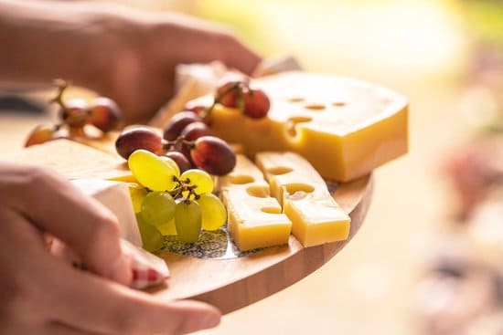 Aliments-riches-en-mineraux-fromage
